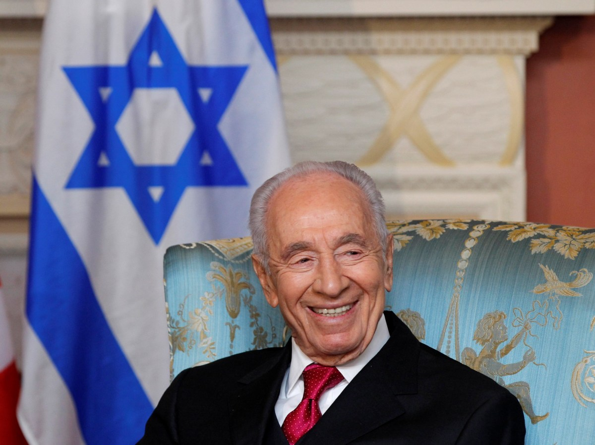 Israel's President Shimon Peres takes part in a meeting with Governor General David Johnston (not pictured) at Rideau Hall in Ottawa in this May 7, 2012 file photo. REUTERS/Blair Gable
