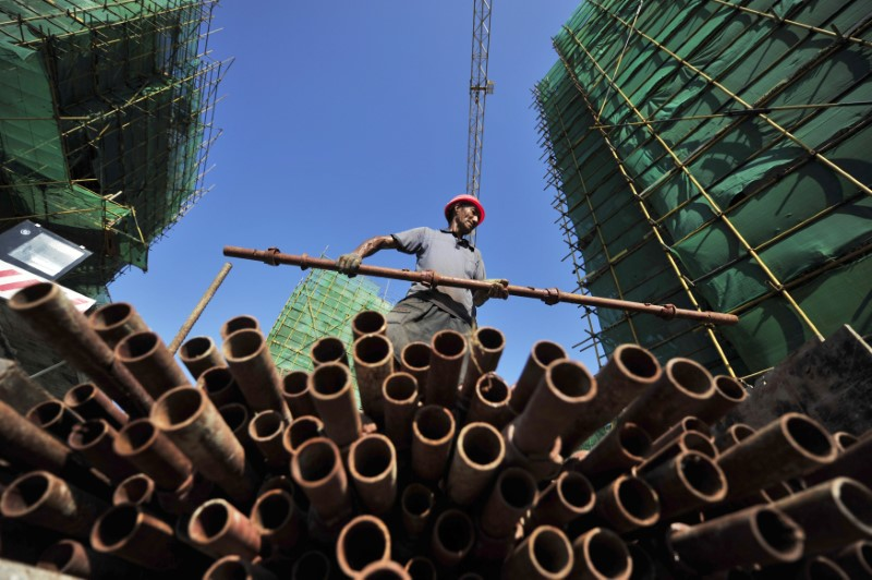 Construction in Fuzhou. Photo: Reuters/China Daily