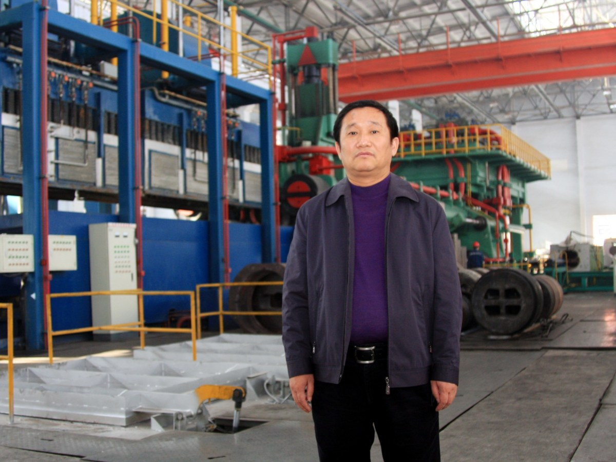 Liu Zhongtian, chairman of Zhongwang Group, at a plant in Liaoyang city. His company has bid US$2.3 billion to acquire US aluminum products maker Aleris Corp. Photo: AFP/ Imaginechina