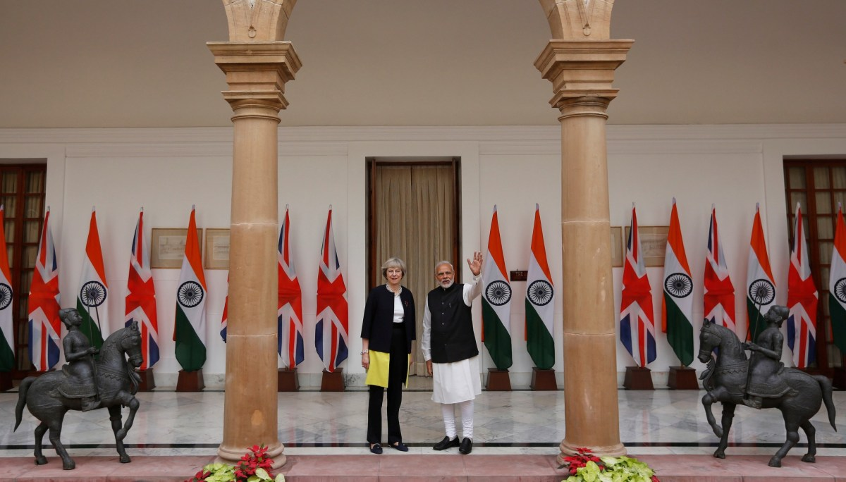 Britain's Prime Minister Theresa May with her Indian counterpart Narendra Modi ahead of their meeting at Hyderabad House in New Delhi, India, November 7, 2016. Photo: Reuters/Adnan Abidi