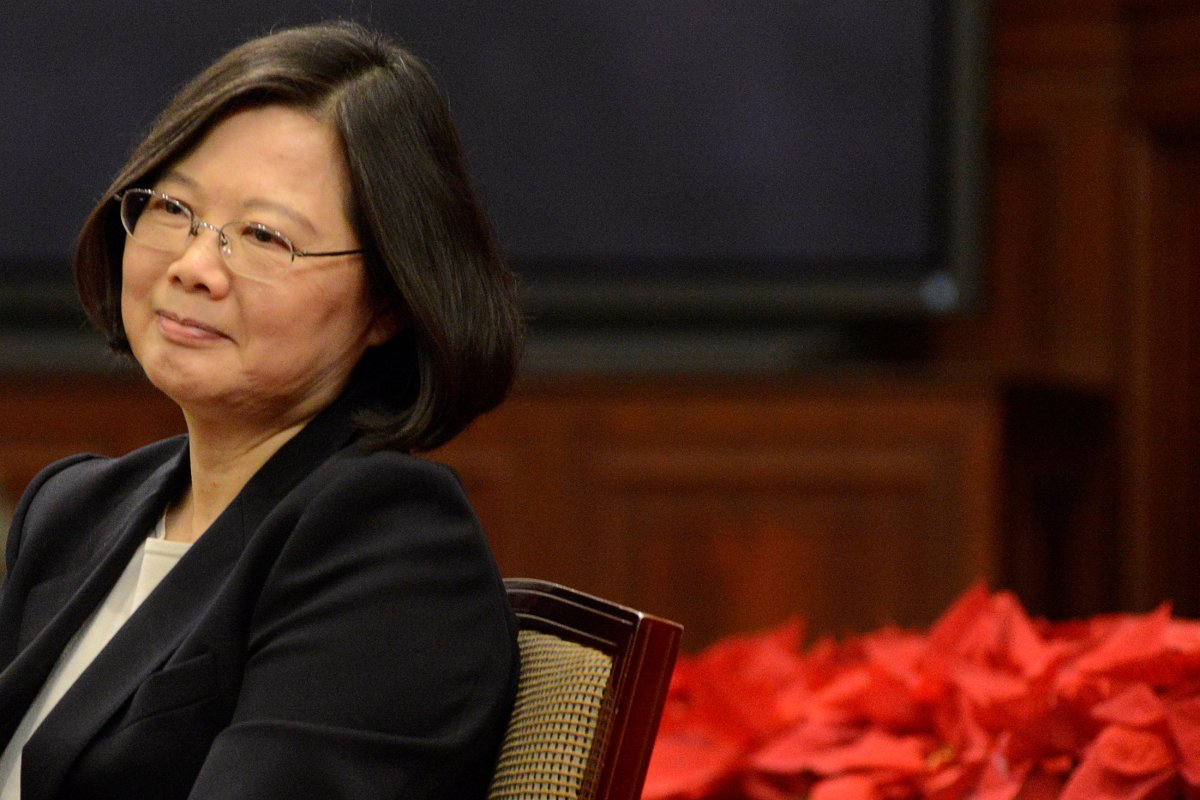 Taiwanese President Tsai Ing-wen attends the New Year's Eve news conference in Taipei, Taiwan December 31, 2016. REUTERS/Fabian Hamacher