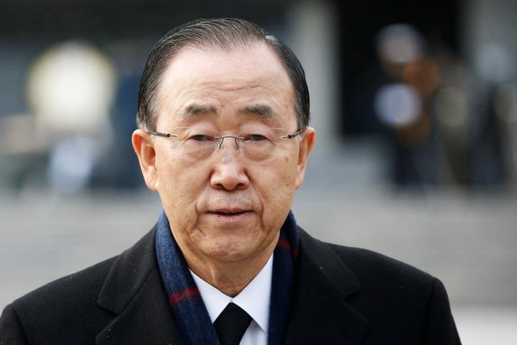 Former U.N. secretary-general Ban Ki-moon leaves after paying a tribute at the natioanl cemetery in Seoul, South Korea, January 13, 2017.  Photo: Reuters/Kim Hong-Ji