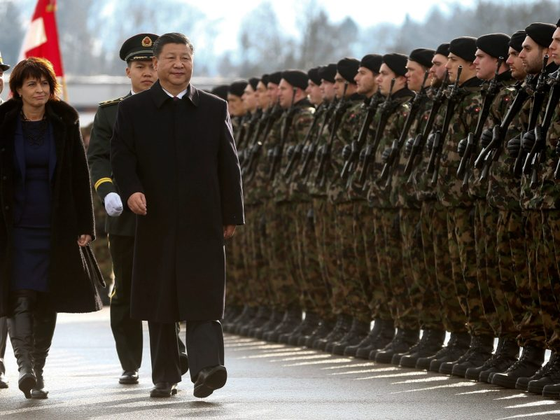 Chinese President Xi Jinping and Swiss President Doris Leuthard. Photo: Reuters/Arnd Wiegmann