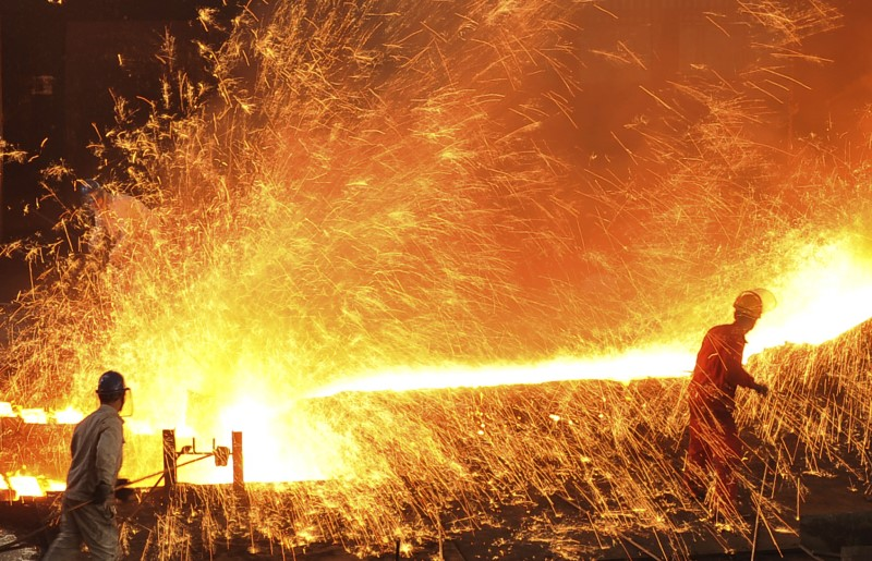 The inferno of a steel works in Dalian. Photo: Reuters