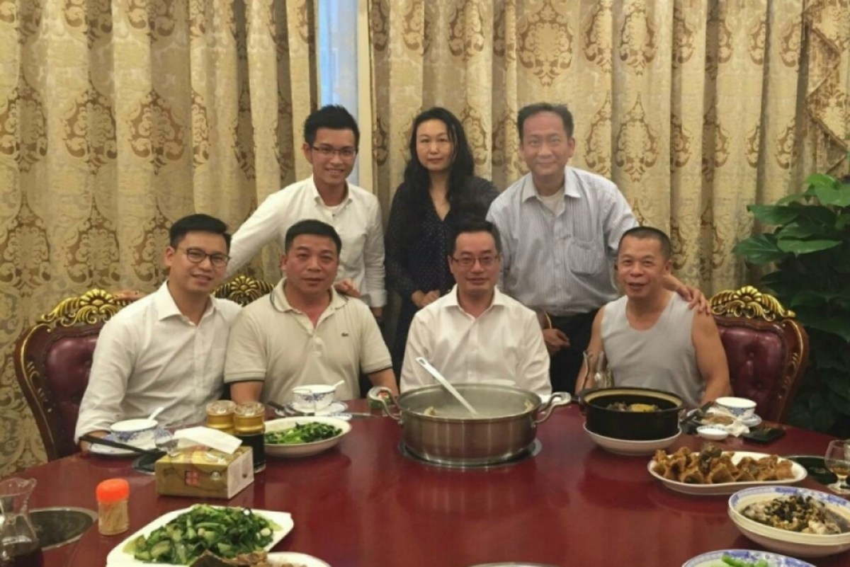Calvin Lee Ka-wo (left) said he was served pangolin by Guangxi officials in 2015. Li Ning (second from left) was identified. Photo: Weibo