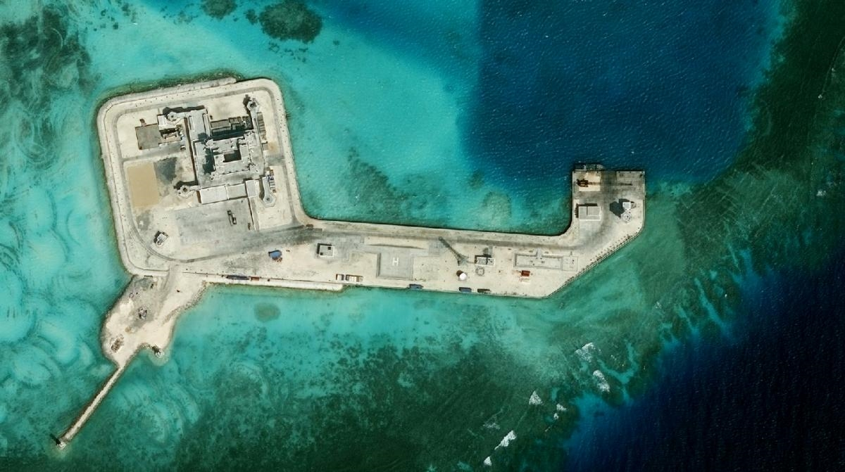 Hughes-Reef in the South China Sea on February 7, 2017, where China is reportedly building military fortifications.  Photo: The Asia Maritime Transparency Initiative/CSIS