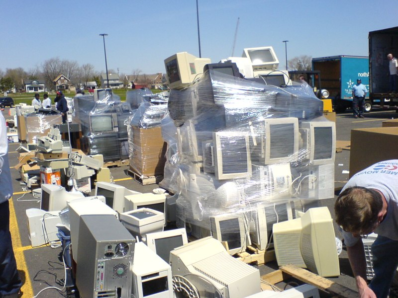 The mounting problem of e-waste. Photo: Wikimedia Commons