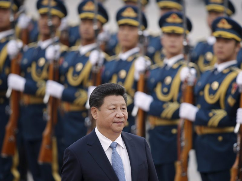 China's President Xi Jinping inspects honour guards during a welcoming ceremony outside the Great Hall of the People in Beijing, China, October 14, 2015. Reuters/Jason Lee