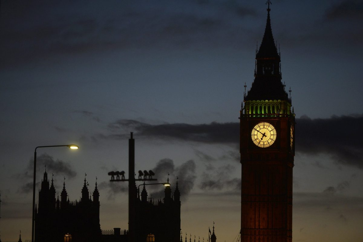 The sun sets over London on Wednesday after the UK's Houses of Parliament became a terrorist attack target. Photo: Reuters/Hannah McKay