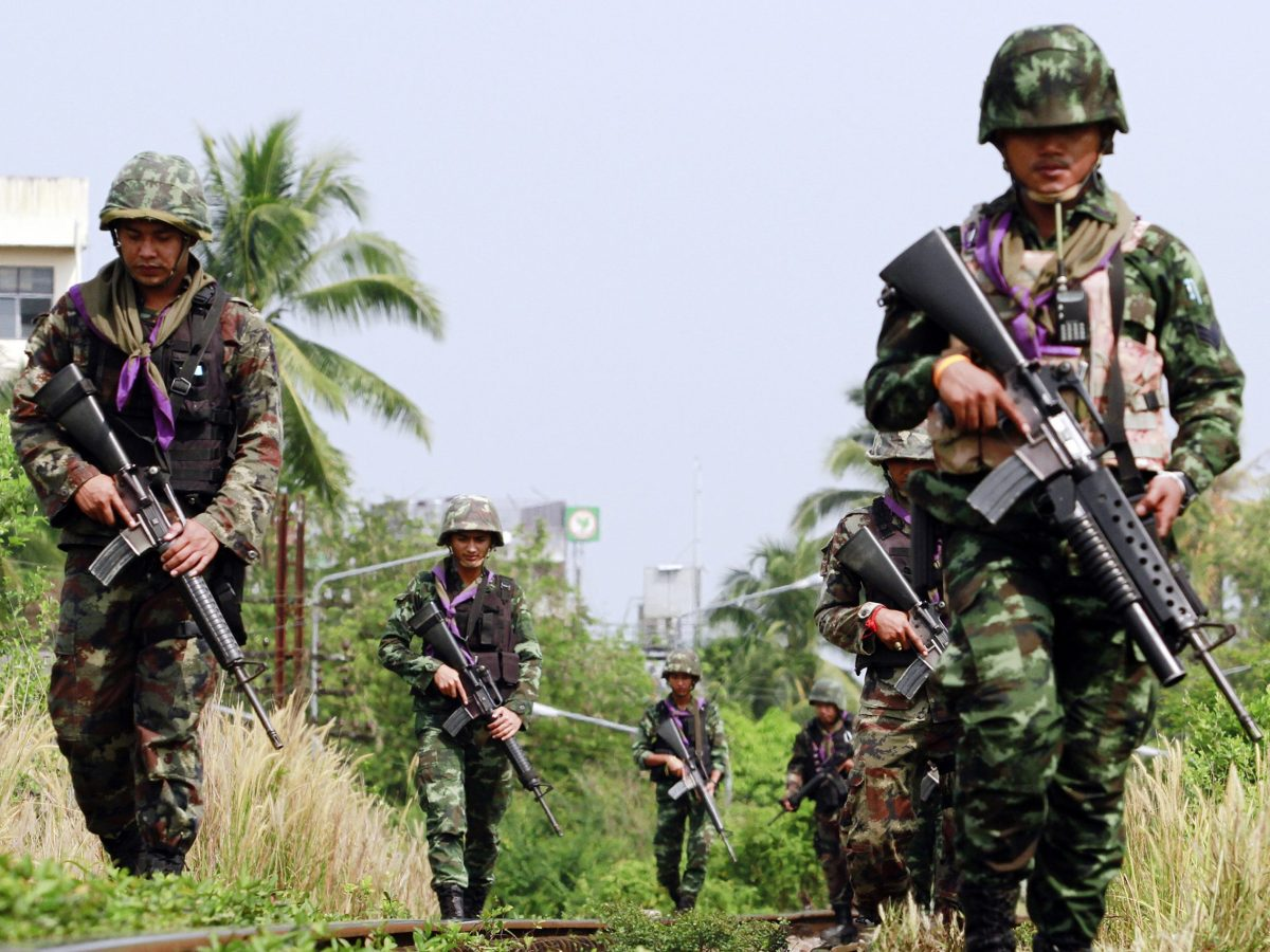 Thai security forces patrol the troubled southern province of Yala. Successive governments' attempts to hold peace dialogue with separatist insurgents have failed to stop violence which has claimed over 7,000 lives since 2004. Photo: Reuters / Surapan Boonthanom