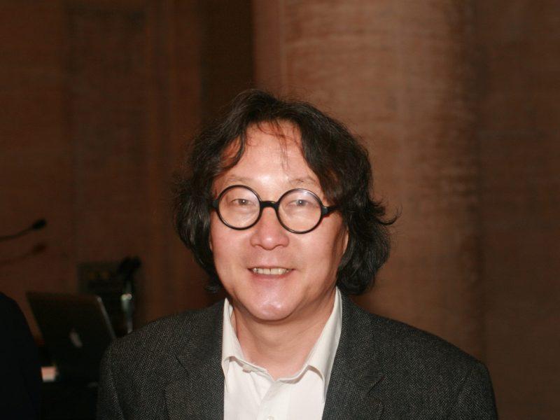 Chinese artist Xu Bing in 2011. Photo: Wikimedia Commons