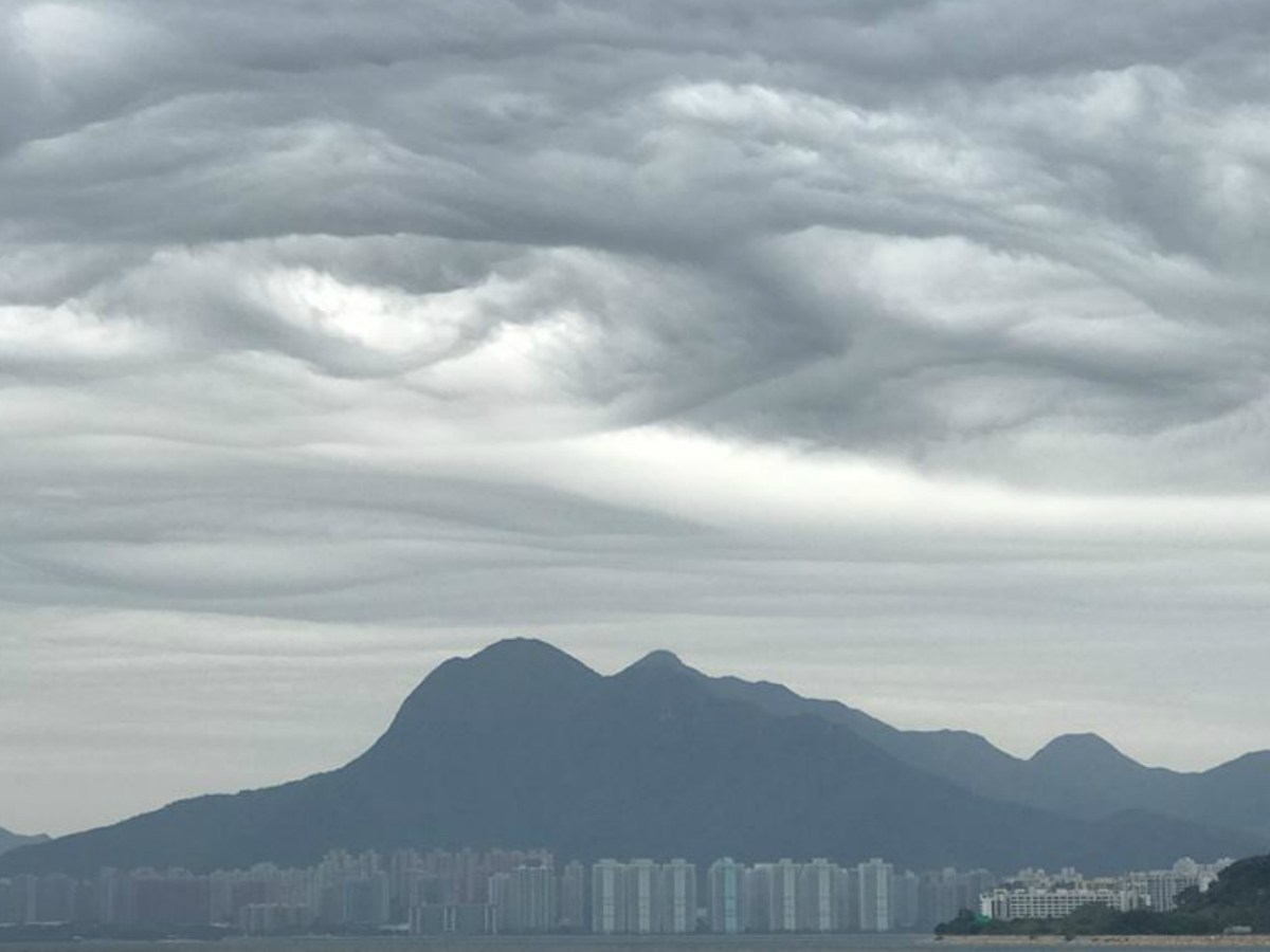 Landscape photographer Laurence Lai captured an asperitas cloud formation over Hong Kong. Photo: Laurence Lai