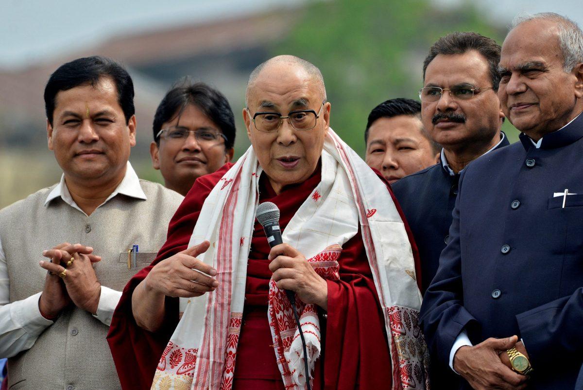 Tibetan spiritual leader the Dalai Lama delivers a speech during the Namami Brahmaputra Festival on the banks of the river Brahmaputra in Guwahati, India, April 2, 2017. Photo: Anuwar Hazarika/Reuters