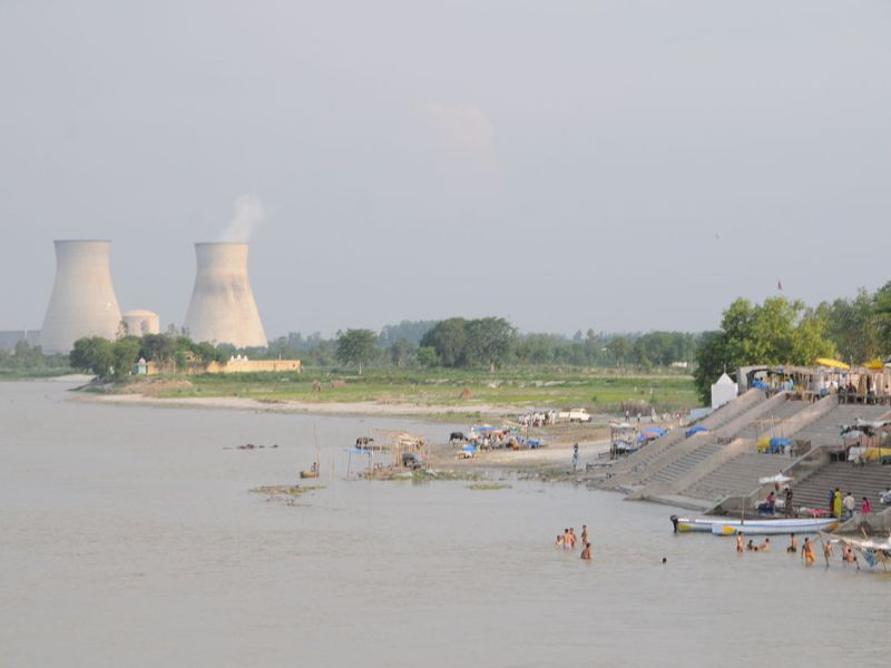 A nuclear power plant on the Ganges River near Narora in Uttar Prudesh. Photo: Wikimedia Commons