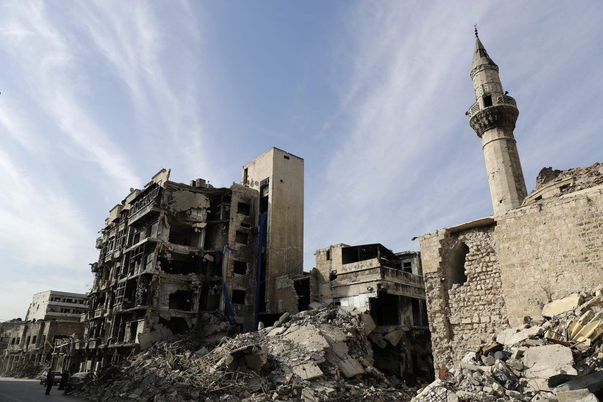 A view of damaged buildings near the ancient Umayyad mosque in Aleppo. Photo: AFP / Joseph Eid