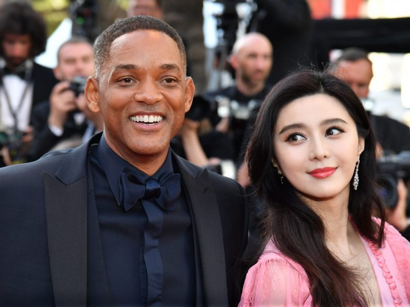 Cannes Film Festival jury members Will Smith and Fan Bingbing pose for the paparazzi on the red carpet in the French resort town on May 24. Photo: AFP