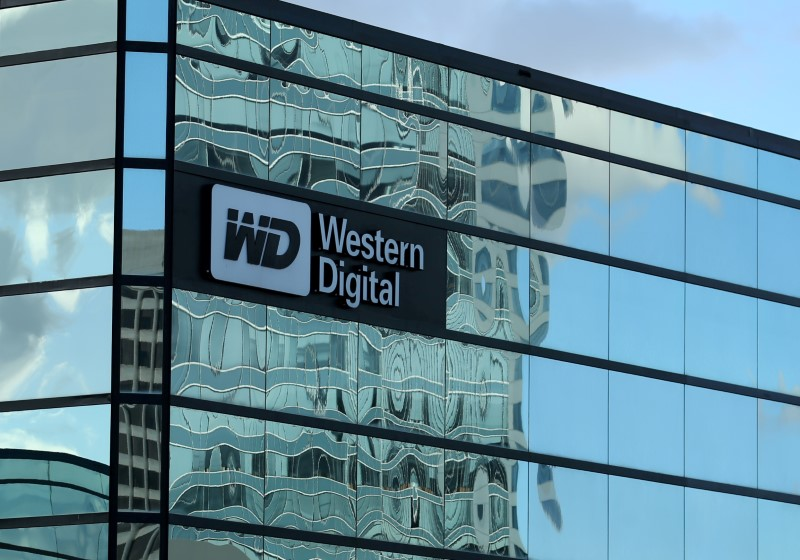 A Western Digital office building is shown in Irvine, California.  Photo: Reuters/Mike Blake