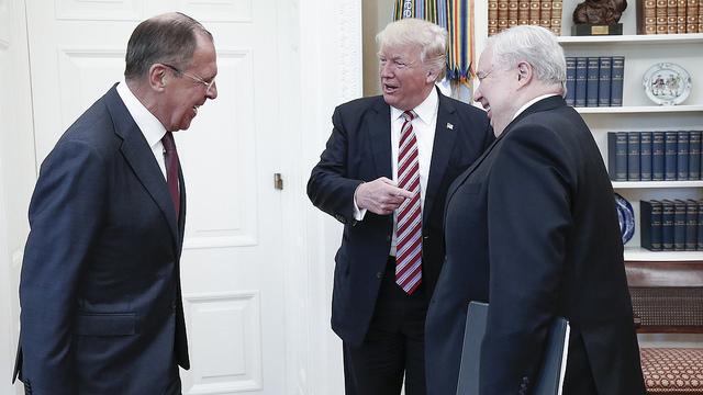 US President Donald Trump gestures to Russia's ambassador to the US, Sergey Kislyak, as he speaks to Russian Foreign Minister Sergey Lavrov in the Oval Office. Photo: Flickr