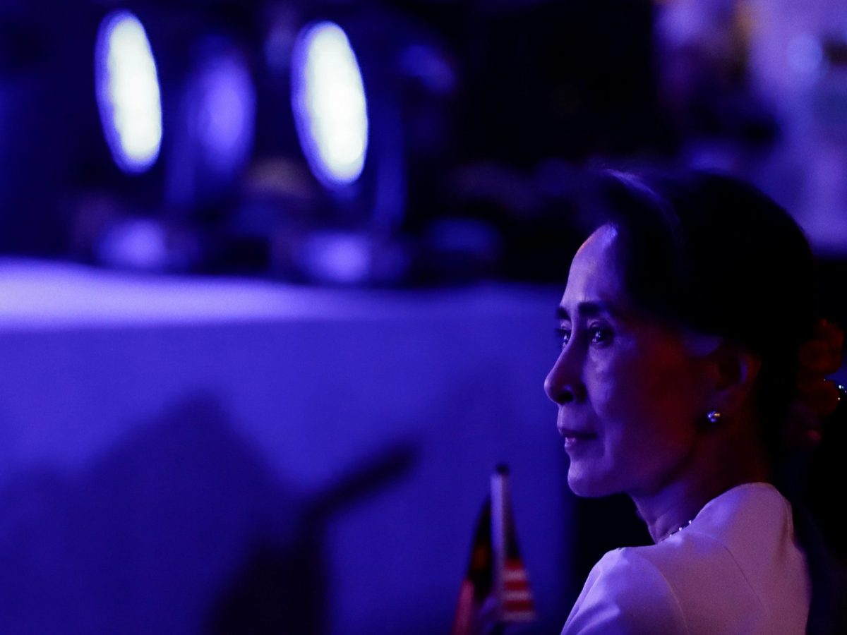 Myanmar State Counsellor Aung San Suu Kyi looks on during the opening ceremony of the 30th ASEAN Summit in Manila, Philippines April 29, 2017. Photo: Reuters/Mark Crisanto/Pool