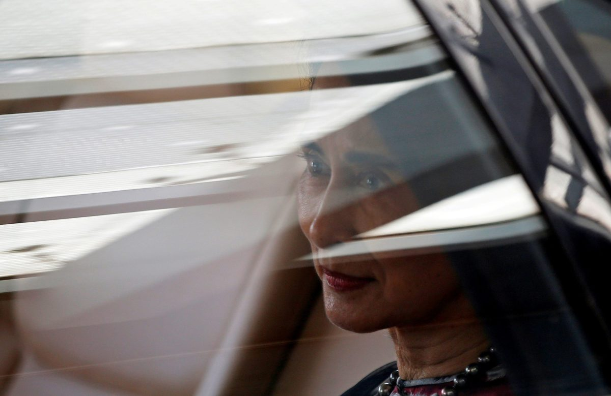 Myanmar's State Counsellor Aung San Suu Kyi sits in her car after arriving at the airport in New Delhi, India, October 17, 2016. Photo: Reuters/Adnan Abidi