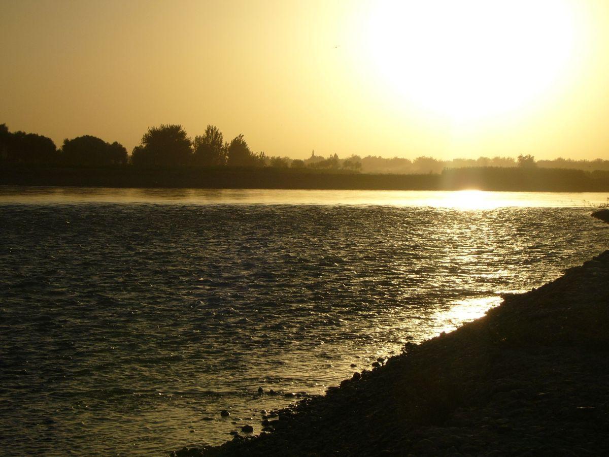 The Helmand River. Photo: Wikimedia Commons