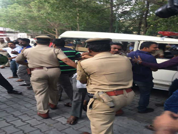 Police officers restore order at MOOment Bengaluru at the Town Hall on Monday. Photo: One India
