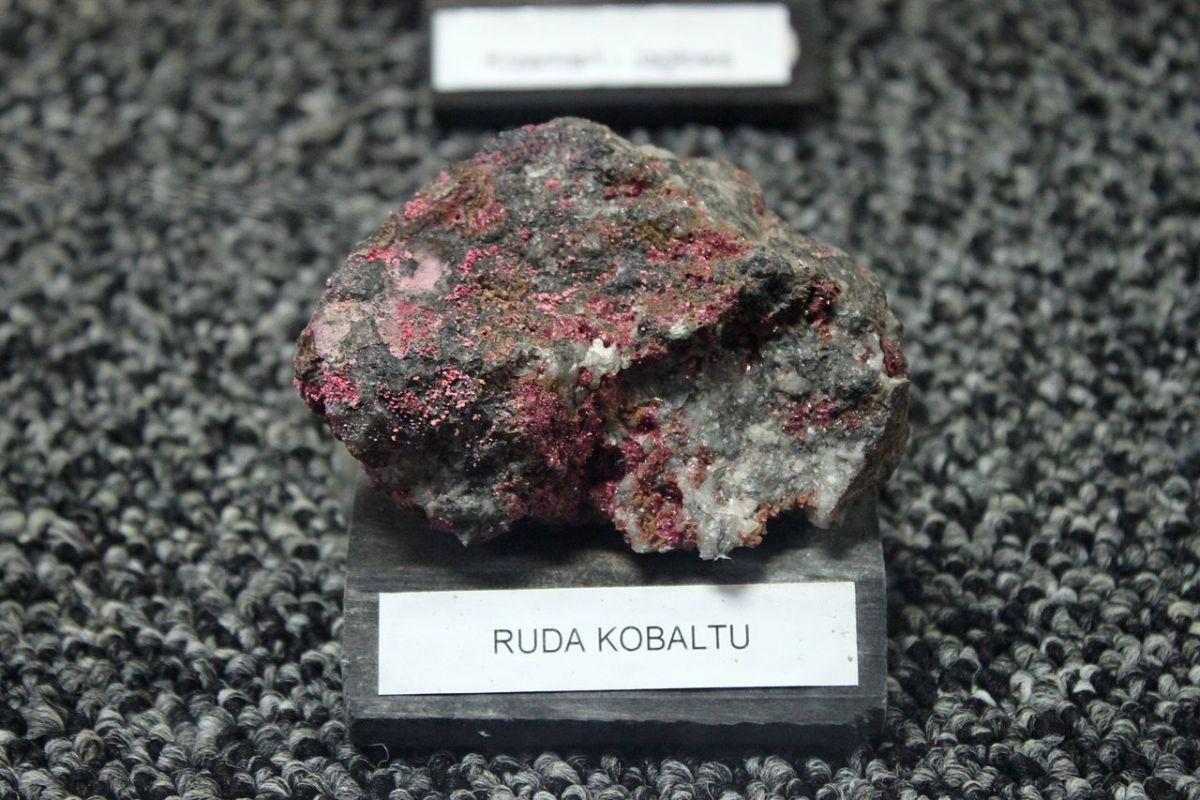 Cobalt ore. Photo: Wikimedia Commons