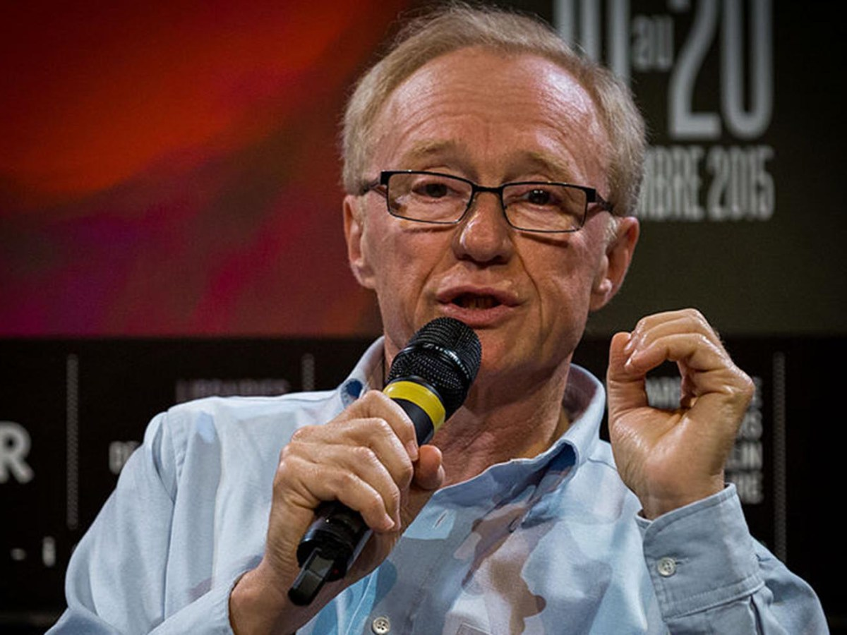 David Grossman's latest book, A Horse Walks into a Bar, focuses on an aging stand-up comedian who turns his act into a heart-rending confessional. Photo: Wikipedia