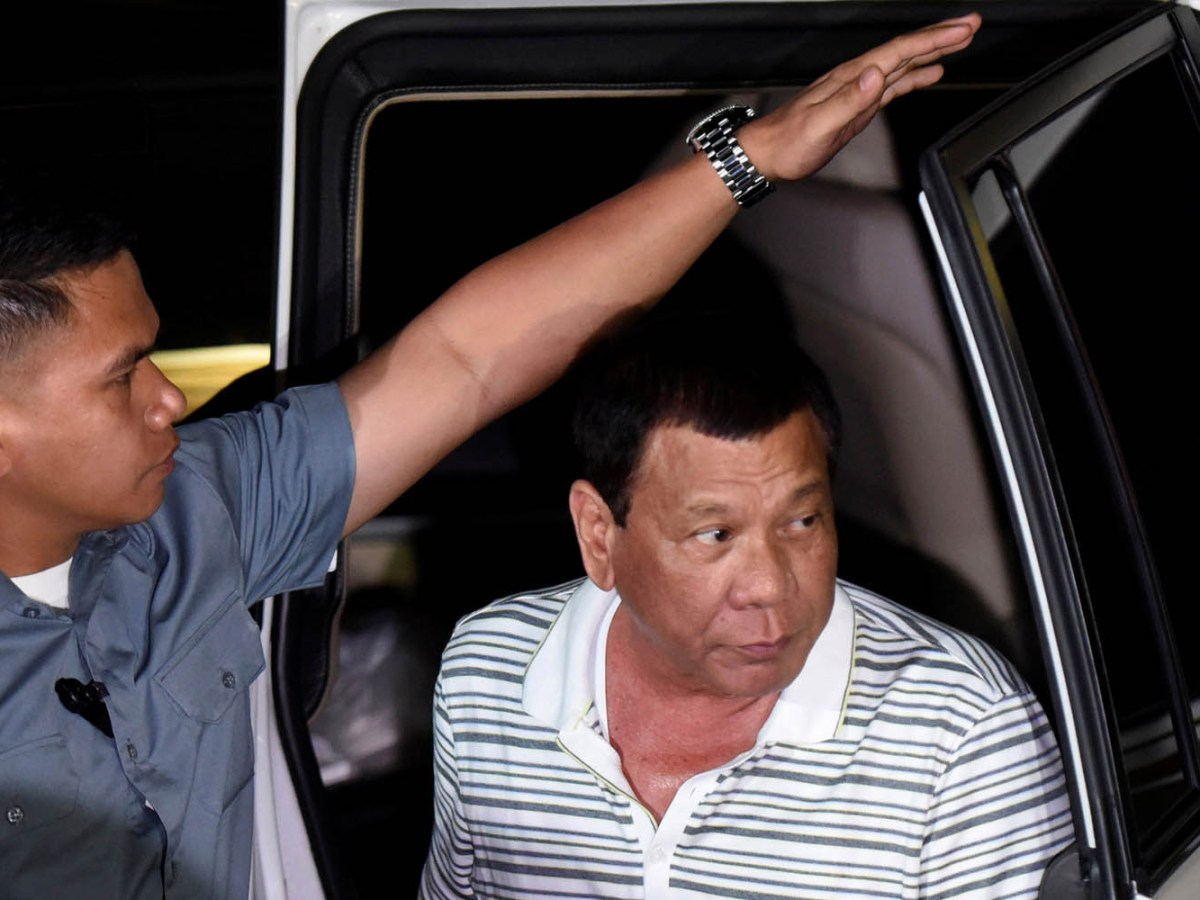 Philippines' President Rodrigo Duterte arrives at a funeral home for the wake attended by the families of those killed at Resorts World in Pasay City, metro Manila, on June 3, 2017. Photo: Reuters