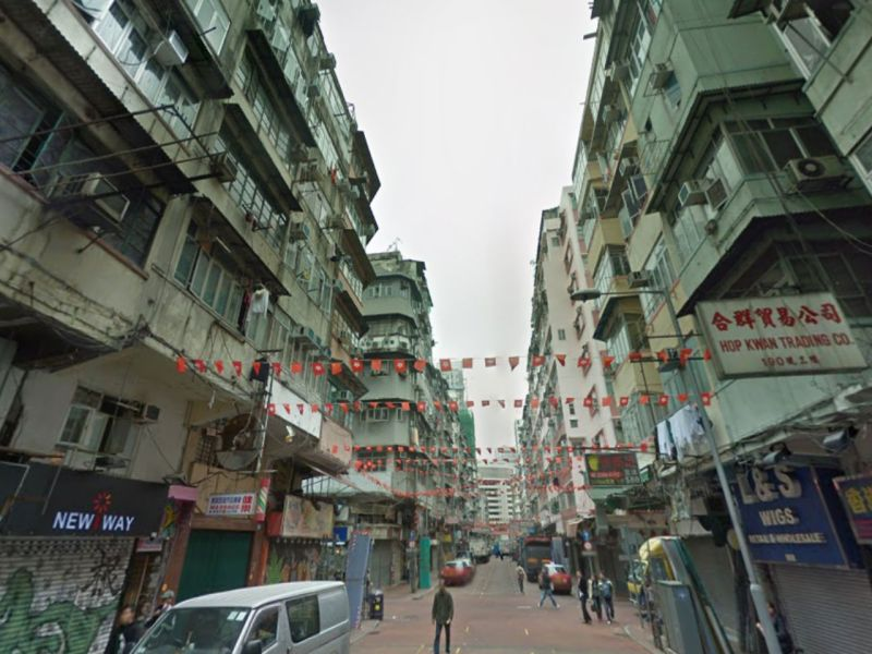 Temple Street in Yau Ma Tei, Kowloon, where the drama occurred on Saturday. Photo: Google Maps