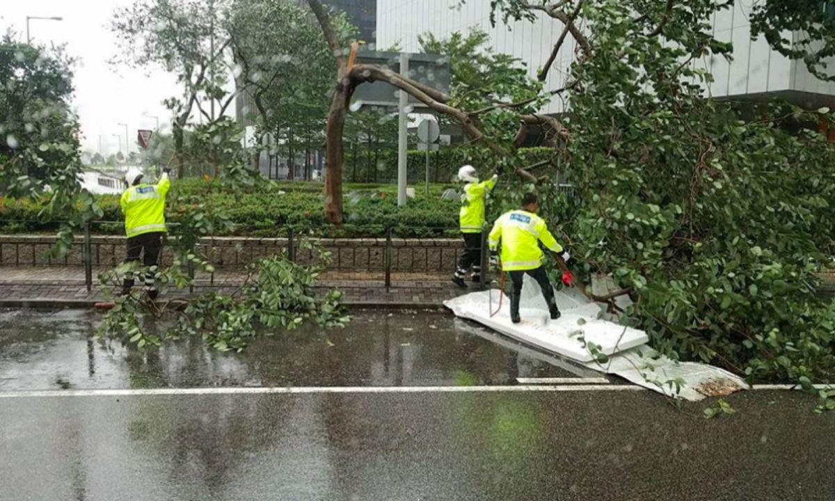 Typhoon Hato causes flooding on Hong Kong Island. Photo: HK Police