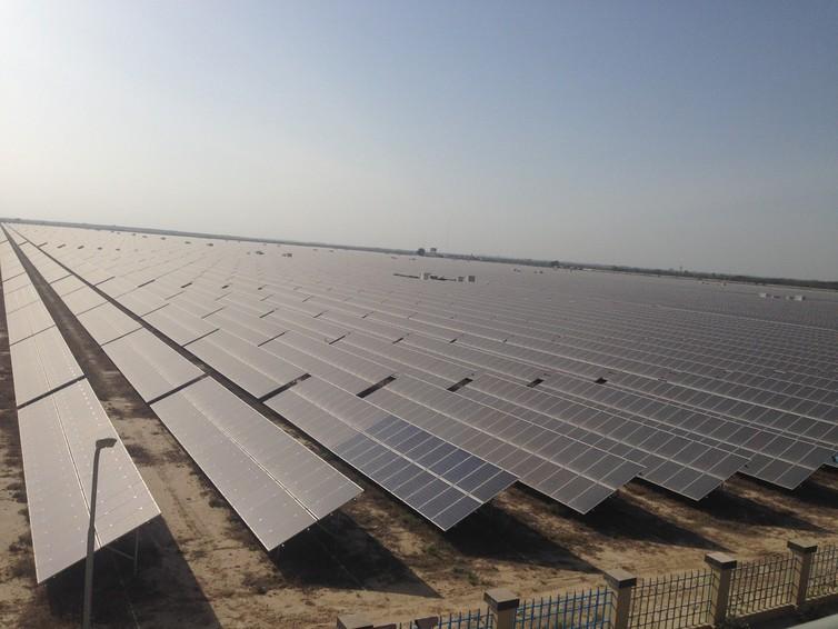 The Qaid-e-Azam plant in Punjab, the biggest solar-power project in the world. Photo: Vikram Ghamwani