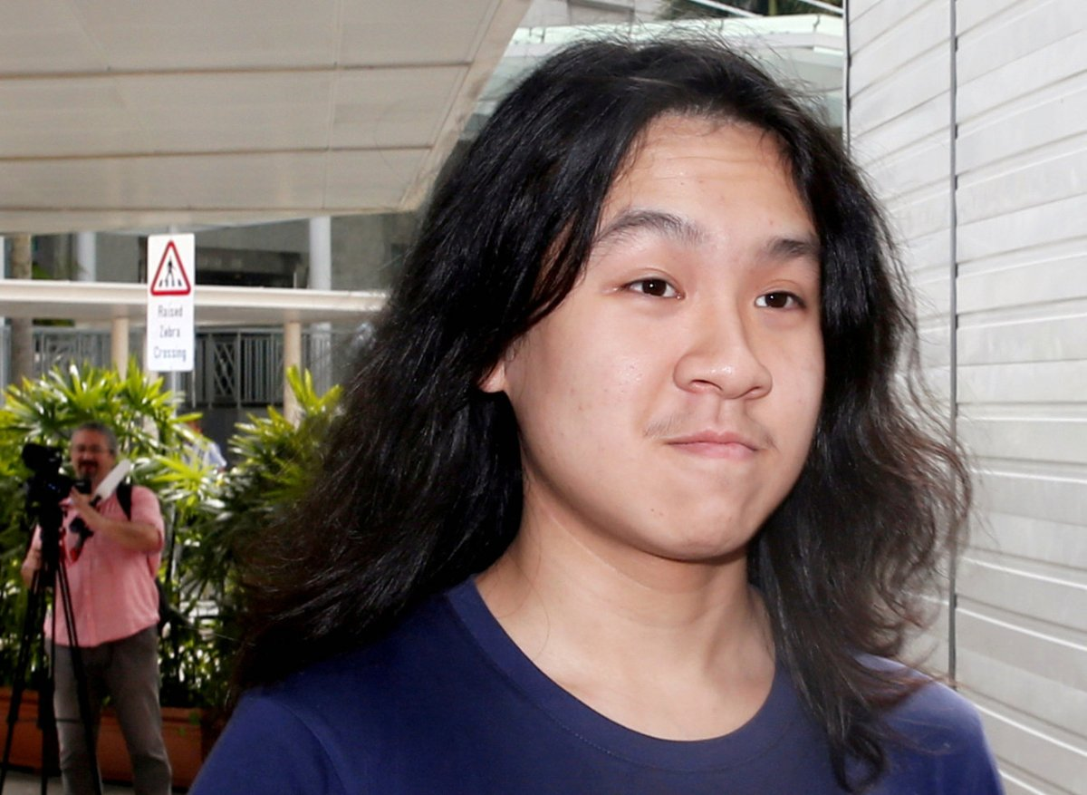 Teen blogger Amos Yee arrives at the State Courts in Singapore September 28, 2016. Photo: Reuters/Edgar Su/File Photo