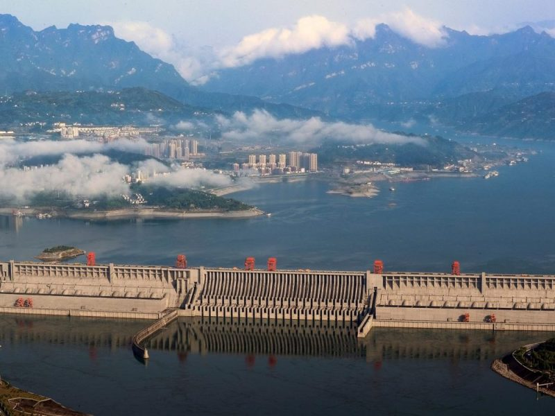 The Three Gorges Dam on the Yangtze River in Yichang, Hubei province. China Life is in talks with China Three Gorges New Energy, a unit of the country's top hydropower developer, according to sources familiar with the matter. Photo: Reuters/Stringer