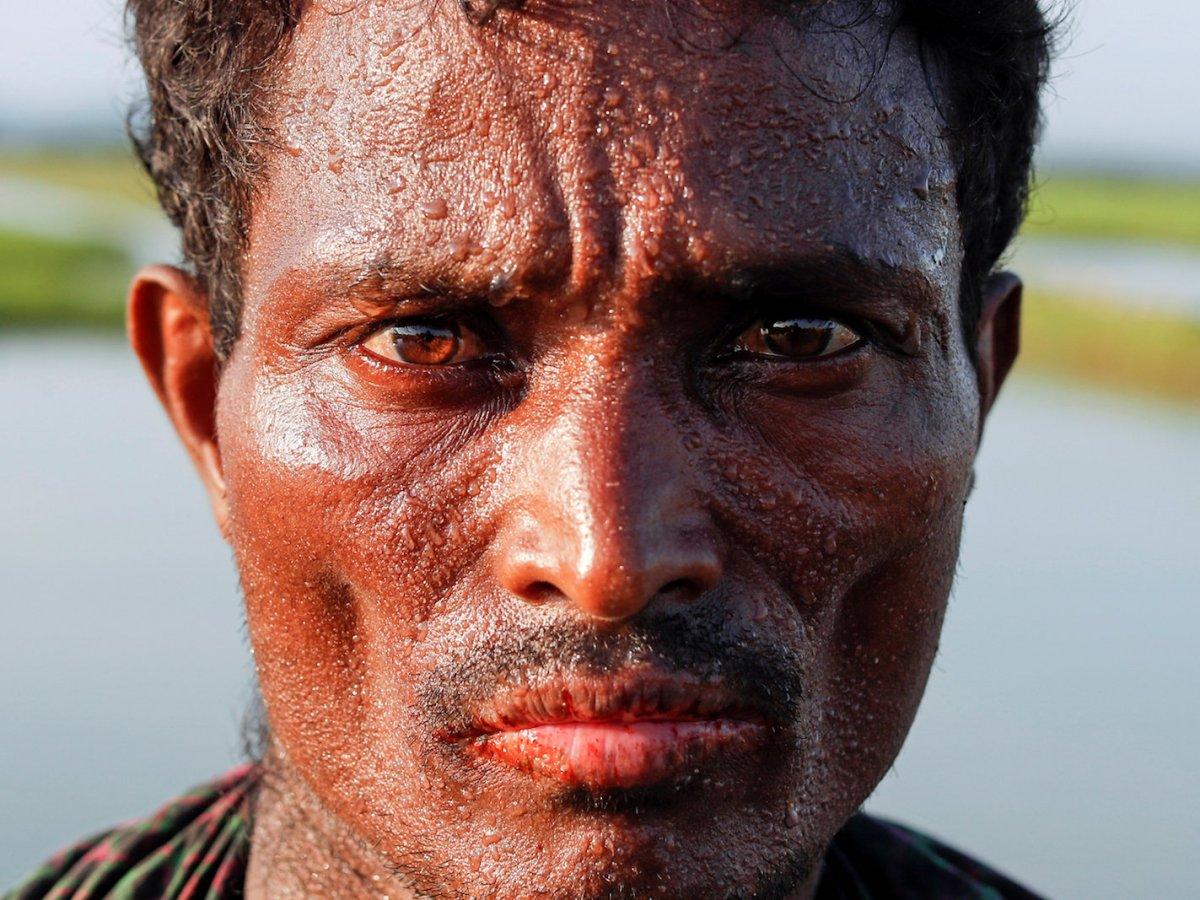 A Rohingya refugee man at the Bangladeshi side of the Naf river after crossing the border from Myanmar, near Palang Khali, October 16, 2017. Photo: Reuters/Jorge Silva