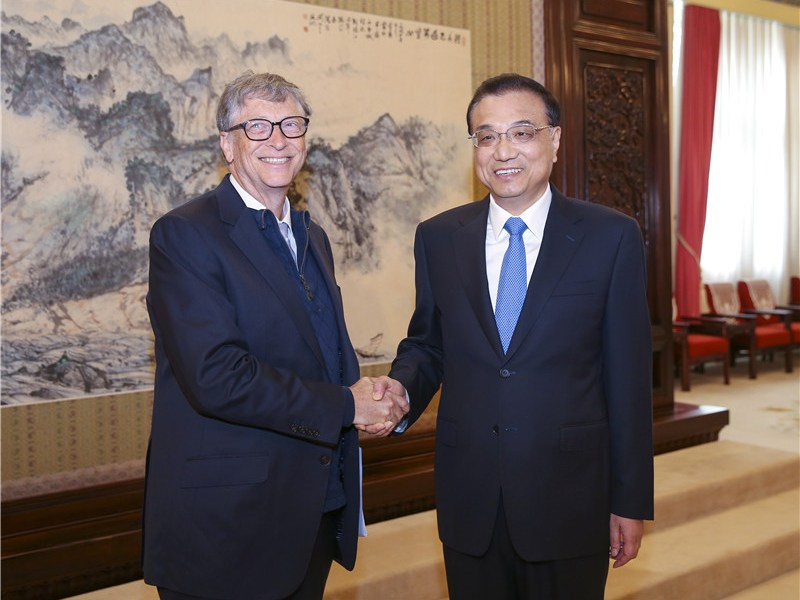 Gill Gates, as chairman of US energy firm TerraPower, met Chinese Premier Li Keqiang in Beijing in November. Photo: CNS