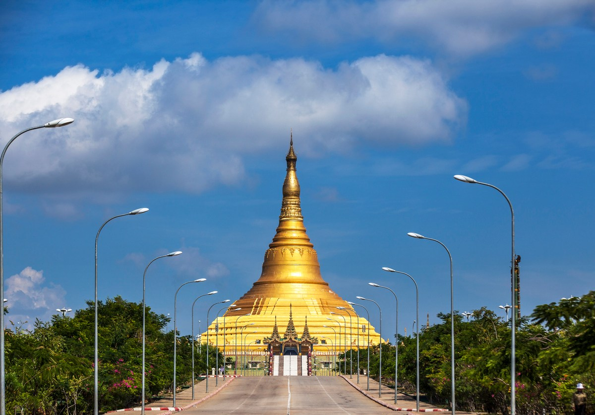 Uppatasanti pagoda is biggest pagoda and no. 1 tourist attractions in Naypyidaw. Photo: iStock