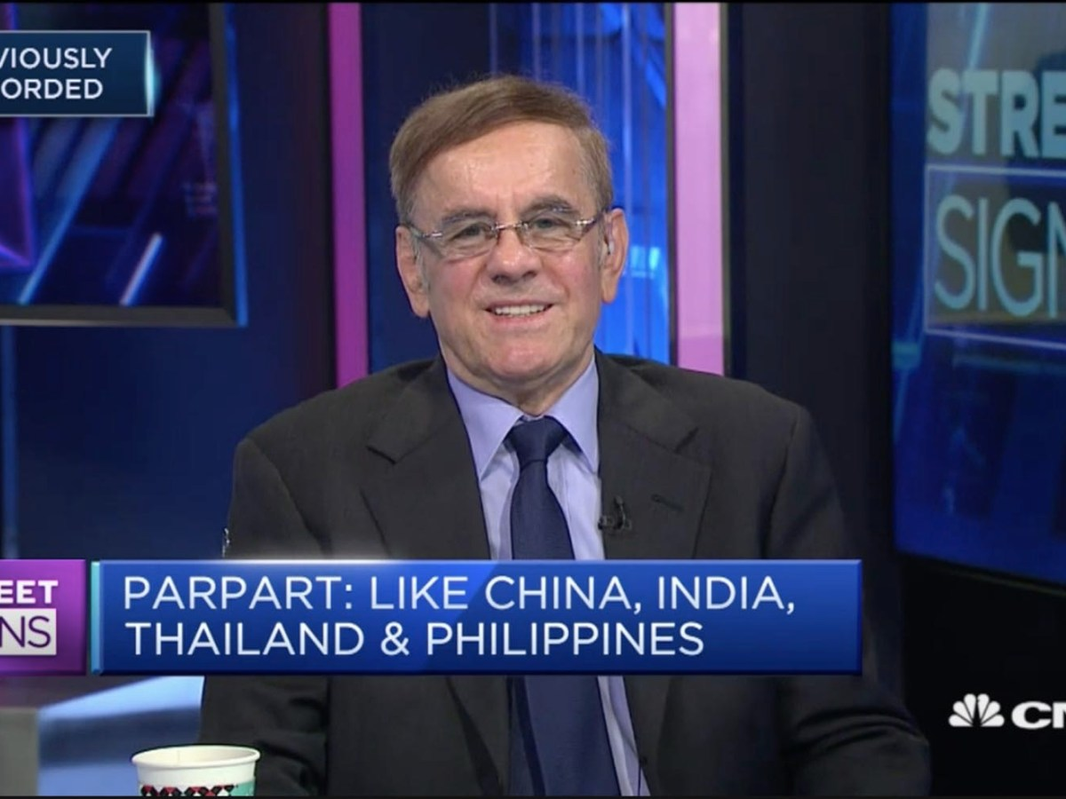 Capital Link International chief strategist Uwe Parpart on CNBC's Street Signs. Photo: CNBC screen grab