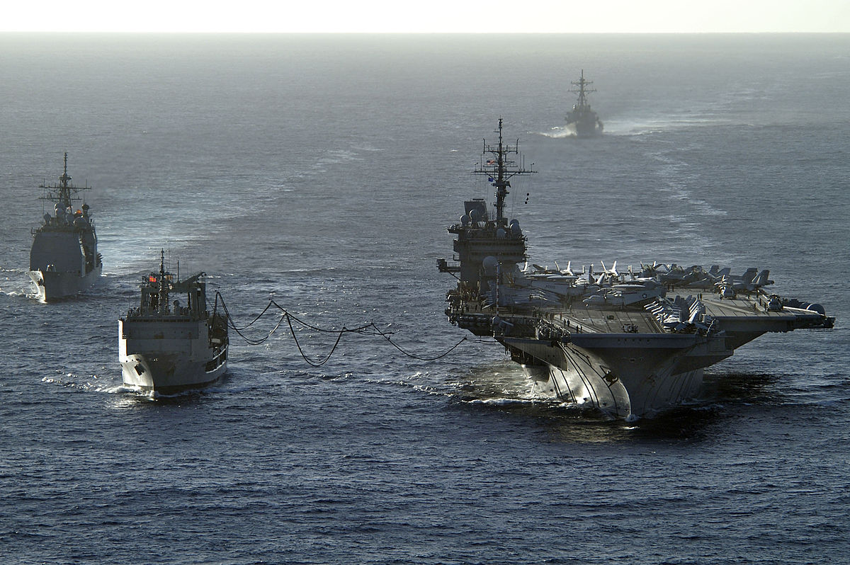 Aircraft carrier USS Kitty Hawk receives fuel from the Royal Australian Navy auxiliary oiler replenishment ship during a joint exercise. Photo: US Navy via AFP