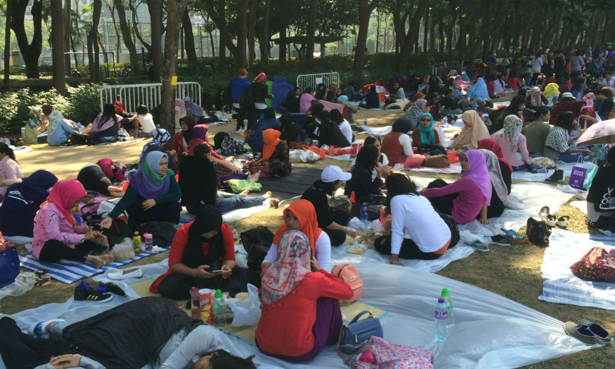 Indonesian domestic workers in Causeway Bay on Hong Kong IslandPhoto: Asia Times