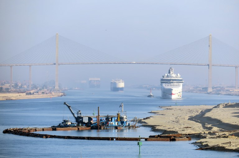 View of Suez Canal. Photo: Soeren Stache / dpa-Zentralbild