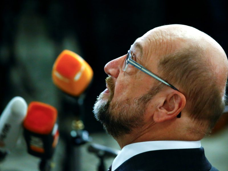 Two-thirds of Social Democratic Party voters don't want the party's embattled leader, Martin Schulz, to have a cabinet position should a grand coaltion be formed. Photo: Reuters / Wolfgang Rattay