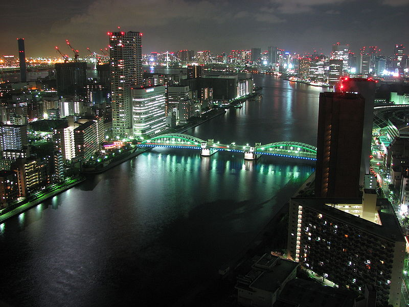 View of Kachidokibashi Bridge and Sumida River in Tokyo. Photo: Wikipedia / Ian Muttoo