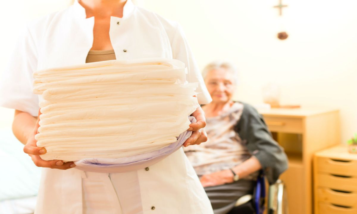 Finding the right worker to care for the elderly can be difficult. Photo: iStock