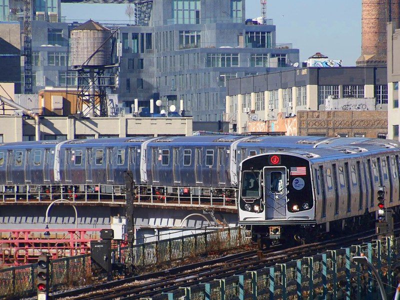 Jamaica Center-bound MTA NYC Subway J train. Photo: Wikipedia