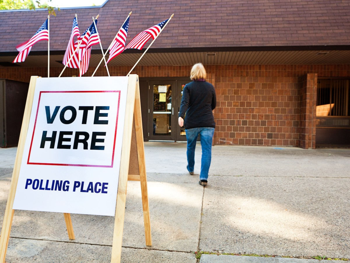 A Pew poll finds that while their democratic system is not perfect, most Americans prefer it to one-party authoritarianism. Photo: iStock