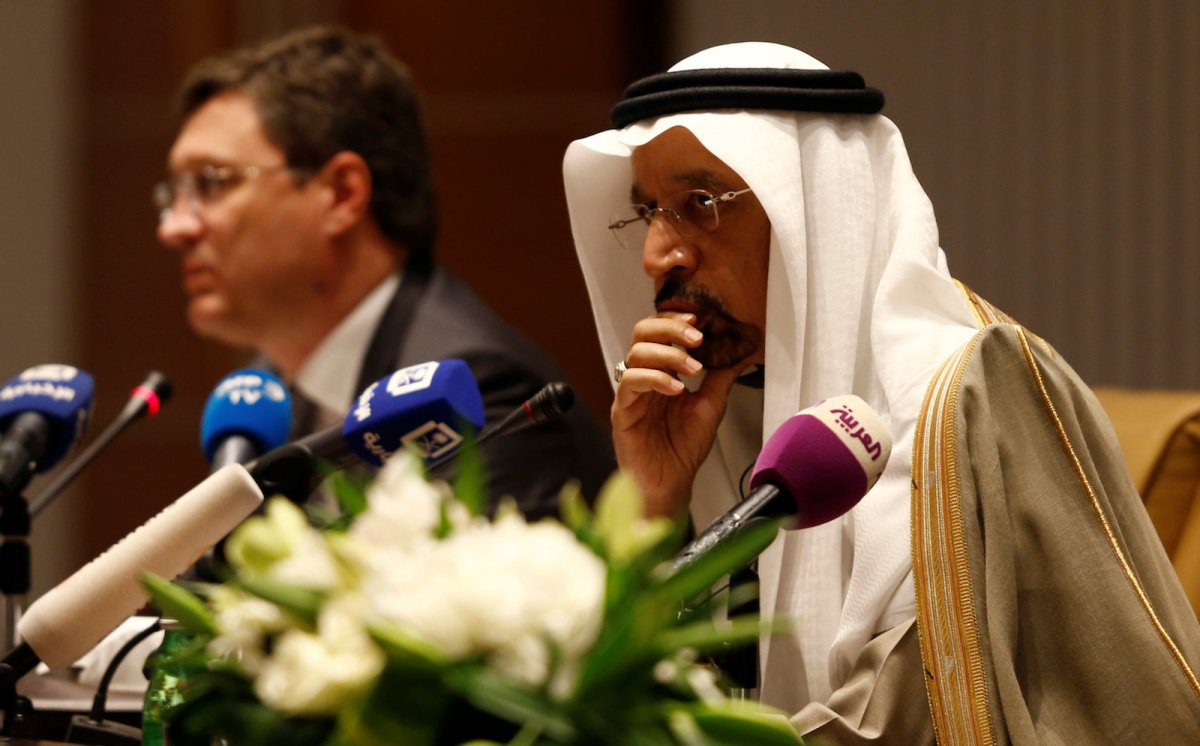 Saudi Energy Minister Khalid Al-Falih and Russian Energy Minister Alexander Novak attend a news conference at the Ritz-Carlton hotel in Riyadh on February 14, 2018. Photo: Reuters / Faisal Al Nasser