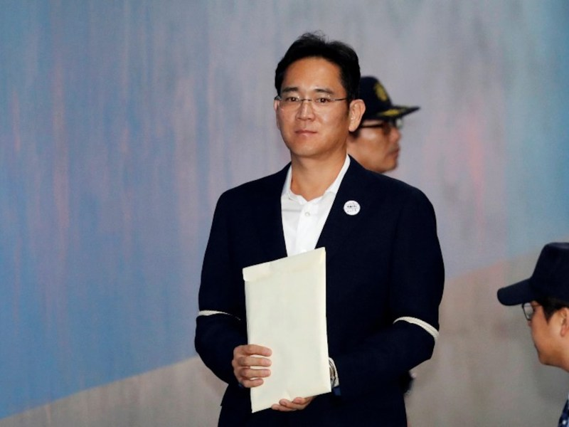 Lee Jae-young, the de facto head of Samsung and grandson of the corporation's founder who was jailed for five years last August, is now free.  Photo: Reuters / Kim Hong-ji