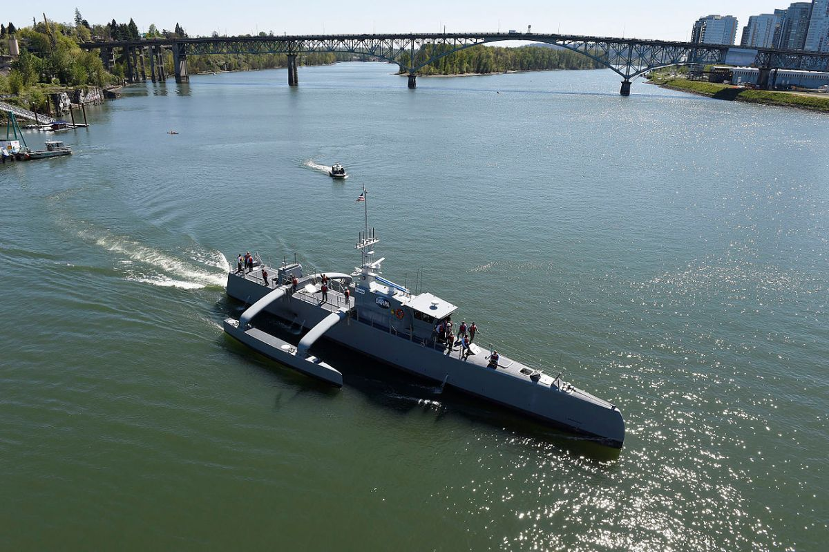 Sea Hunter, an entirely new class of unmanned ocean-going vessel gets underway on the Willamette River following a christening ceremony in Portland, Oregon. Photo: US Navy
