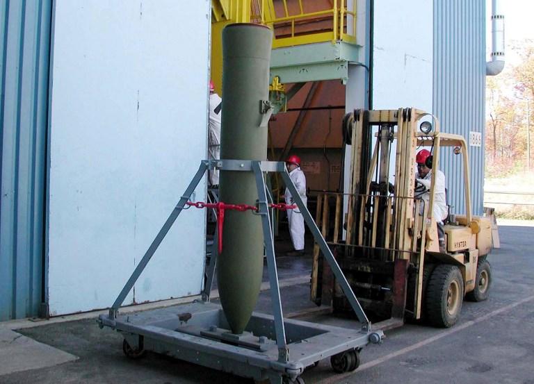 BLU-118B thermobaric bomb. Photo: US Navy via AFP/Karen Burrows